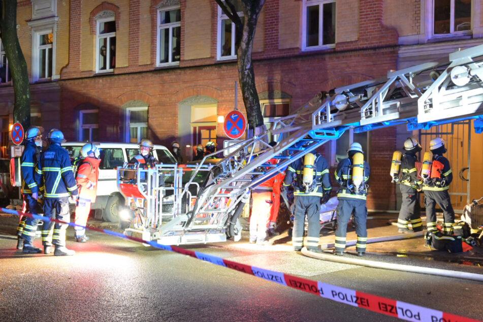 Hamburg: Feuer-Drama in Hamburg: Frau stirbt bei Wohnungsbrand