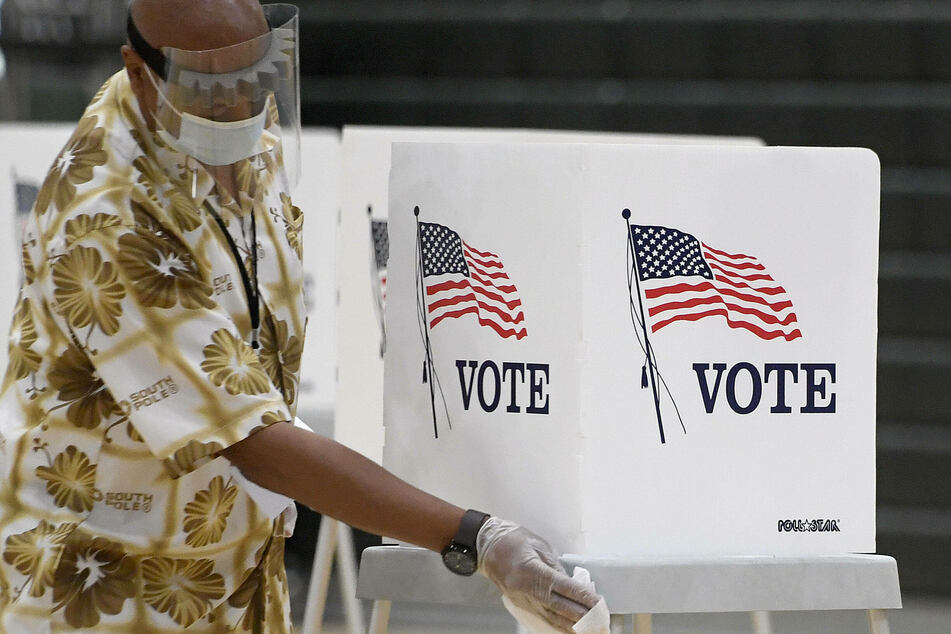 North Carolina judges rule that ex-felons in the state can register to vote