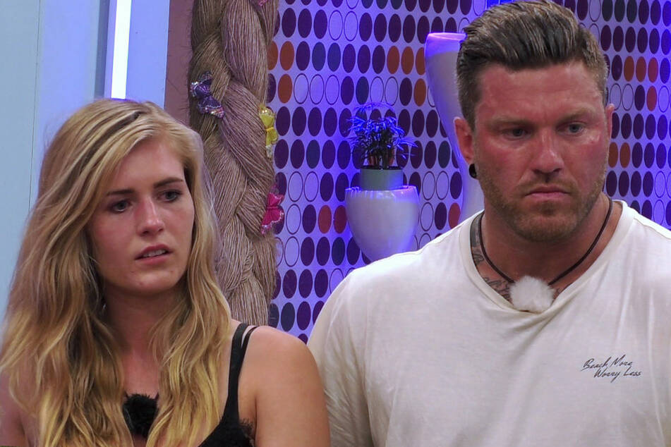 """Hanna (23) und Till (32) verließen """"Ex on the Beach"""" als Paar."""