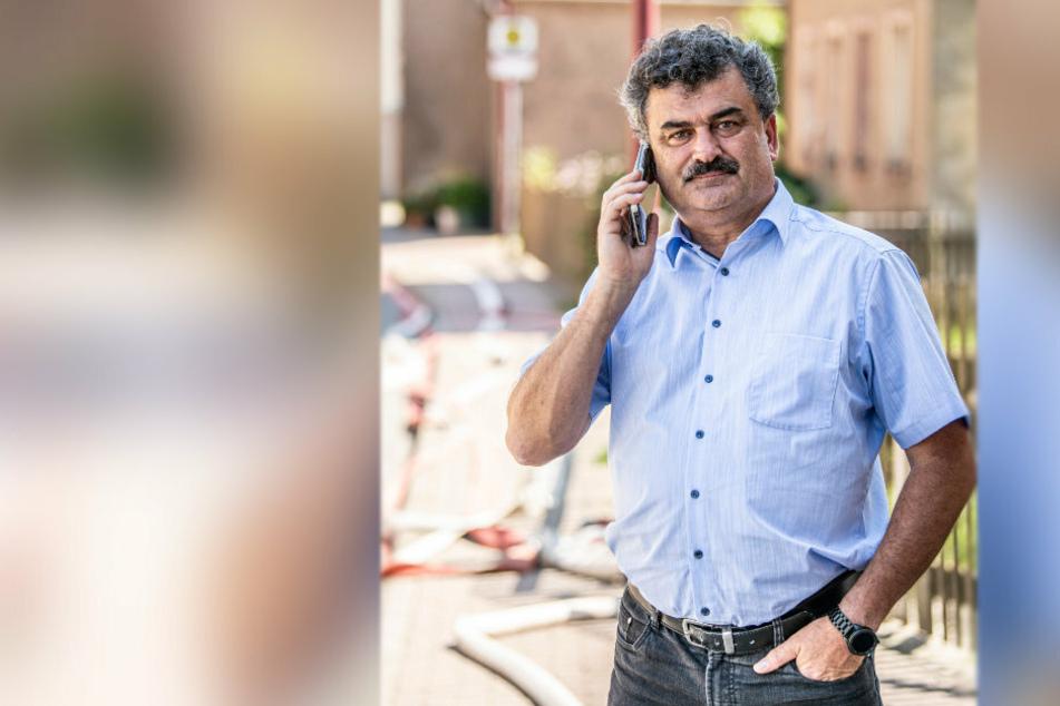 Der Amtsberger Bürgermeister Sylvio Krause (54, CDU) organisierte eine Notunterkunft.