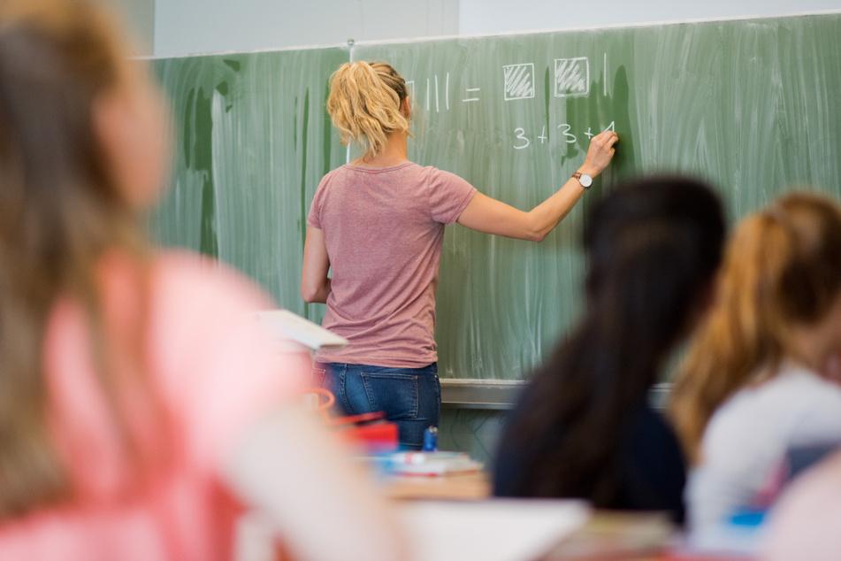 Lehrer in Thüringen dürfen ihren Impfstatus weiter geheim halten