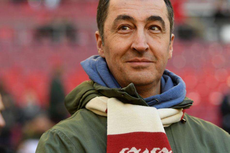 """Cem Özdemir will Spielergehälter-Debatte: """"Vieles außer Rand und Band"""""""