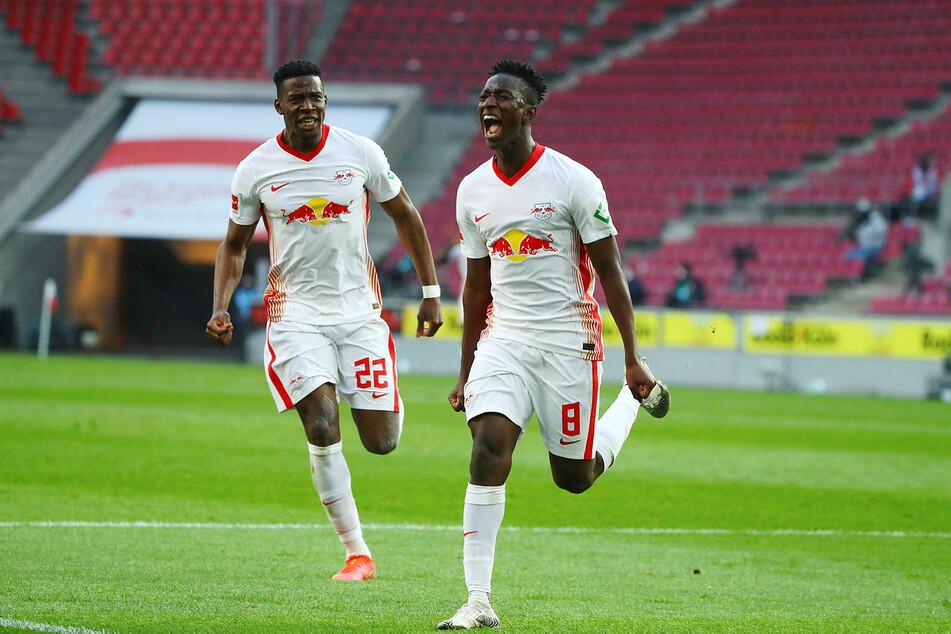 Im letzten Duell traf Amadou Haidara (r.), dennoch verlor RB beim 1. FC Köln mit 1:2.