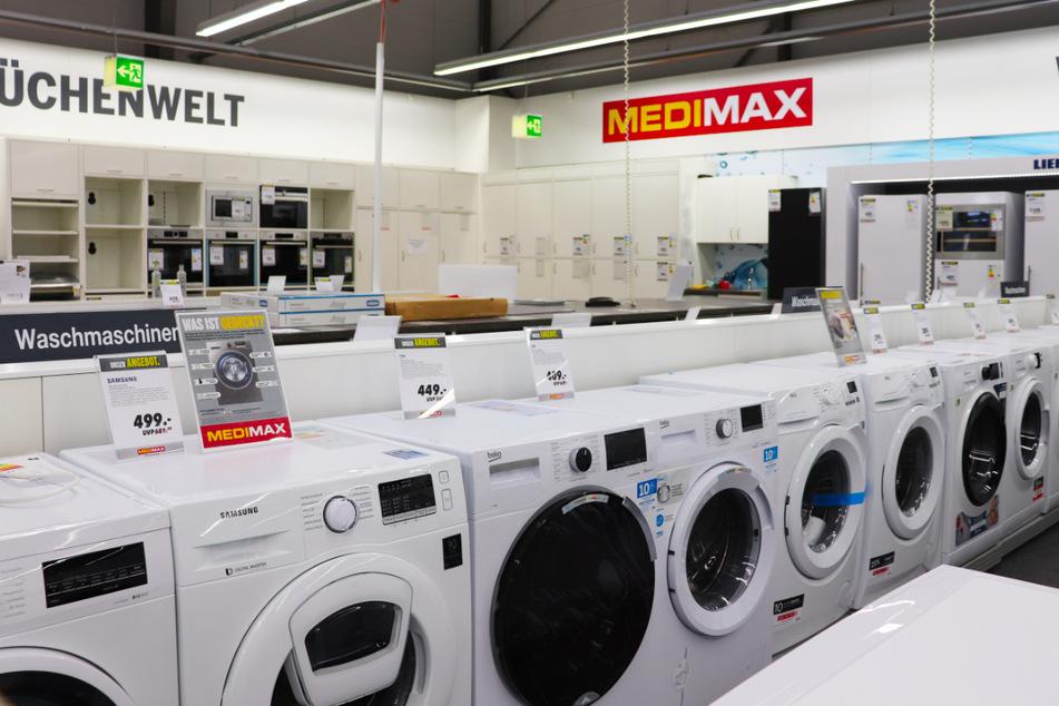 Mega Spar-Aktion bei MEDIMAX! Ab Montag (12.4.) gibt's hier bis zu 50% Rabatt