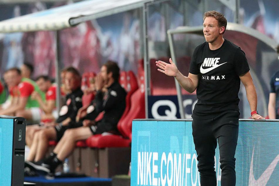 Wenig begeistert vom Video-Assistenten: RB-Trainer Julian Nagelsmann (32, r.).