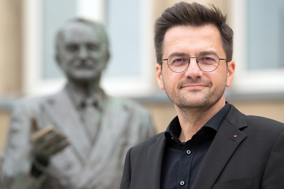 Thomas Kutschaty (52, SPD) kritisierte die Entscheidung der Landesregierung, Schüler ohne klare Perspektive wieder ins Home-Schooling zu schicken. (Archivfoto)