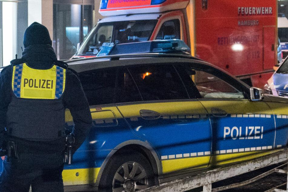 Polizei und Rettungsdienst rückten an. (Symbolbild)