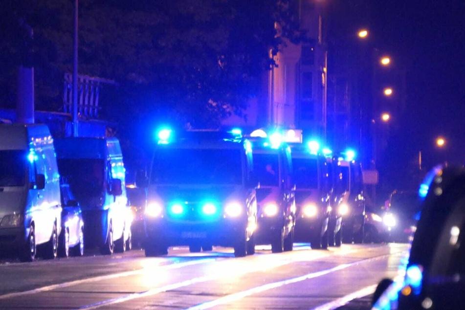 Ein Großaufgebot der Polizei ist im Süden der Stadt unterwegs.