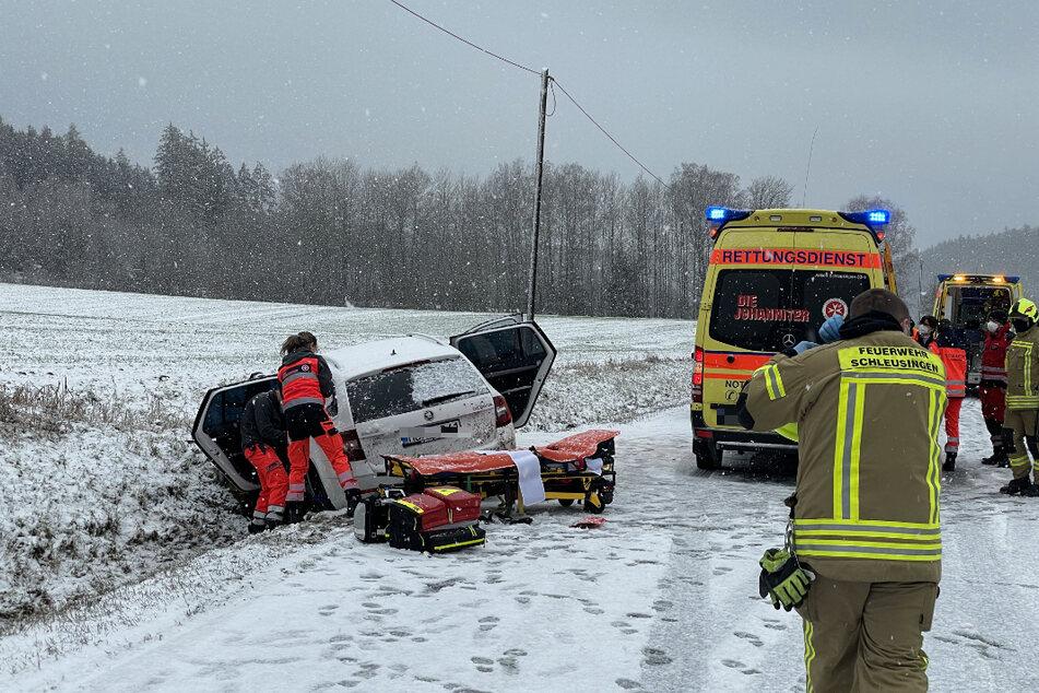 Schlimmer Unfall mit mehreren Verletzten: Ein Hubschrauber und drei Rettungswagen im Einsatz