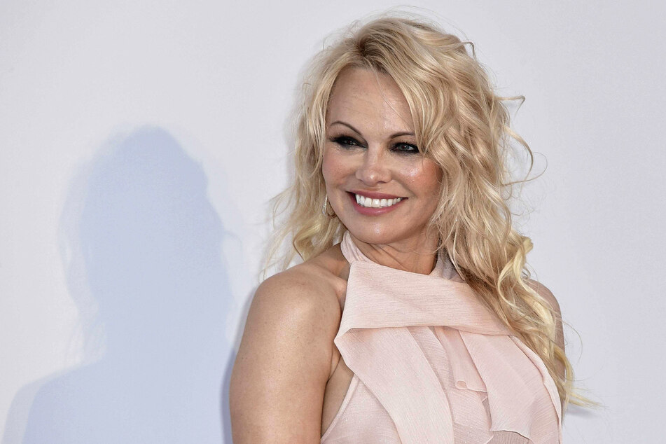 Pamela Anderson secretly got married for the fifth time!