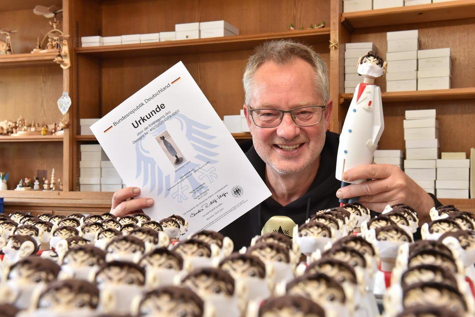 Tino Günthers (58) Räucher-Drosten hat jetzt ein Patent aufs Design bekommen.