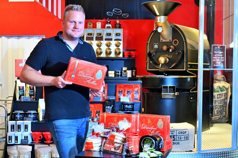 Bezirksleiter Felix Leike (32) mit einem Emil-Reimann-Renner: Stollen. Der verkauft sich zu allen Jahreszeiten super.