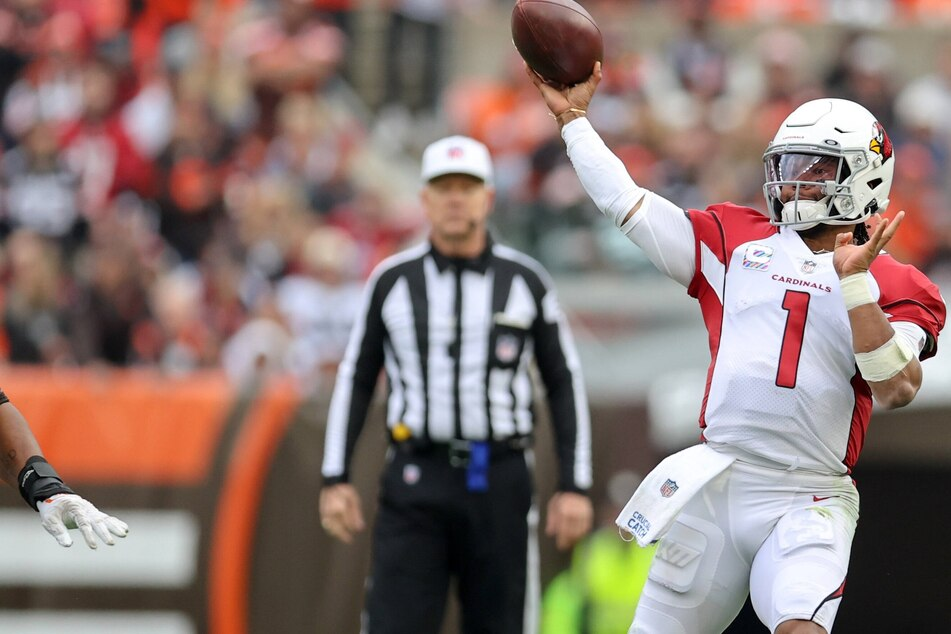 NFL: Cardinals crush the Browns to remain the league's only unbeaten team