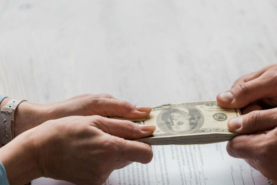Streitpunkt Geld: Diane sieht es nicht ein, dass die Familie ihres verstorbenen Mannes nun dank ihrem Geld sorgenfrei lebt.