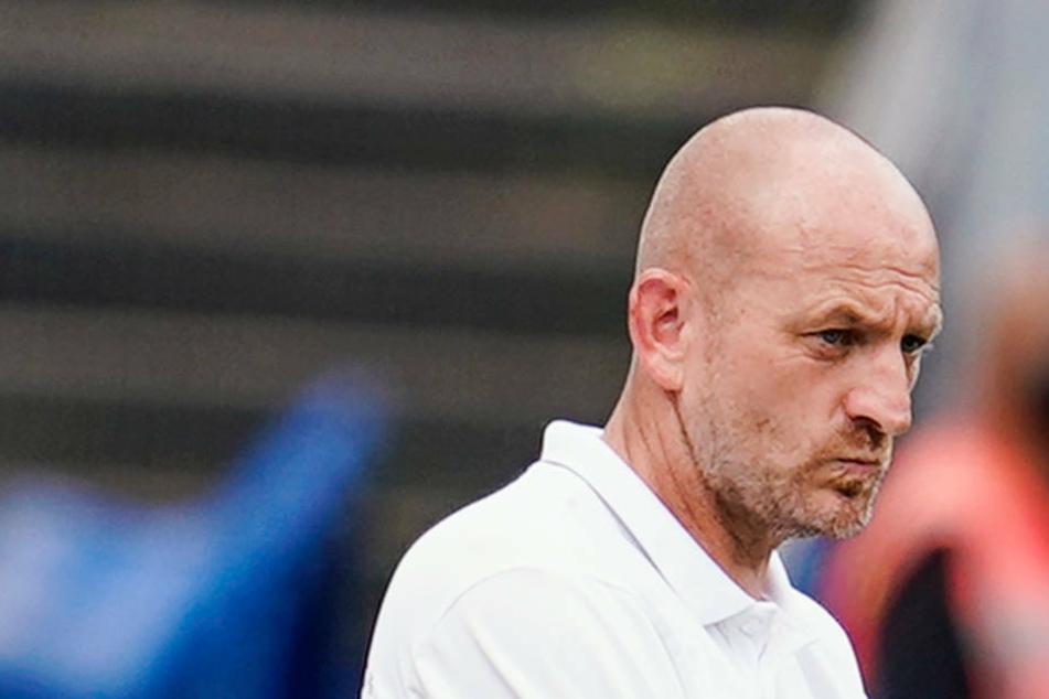 Darmstadts Coach Torsten Lieberknecht (47) muss am Fr.itag gegen den KSC erneut mit einem Rumpfteam antreten