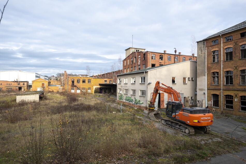 Am Montag beginnt der neun Millionen Euro teure Abriss der alten Halbmond-Anlagen.