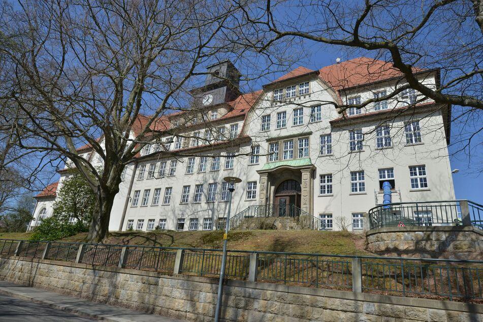 Unbekannte brachen am Wochenende in die Oberschule Schönau/Siegmar ein (Archivbild).