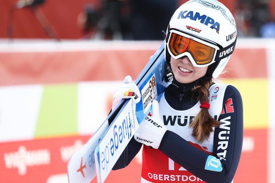 Skisprung-Weltmeisterin zieht für den Playboy blank: Diese Besonderheit gab es beim Shooting