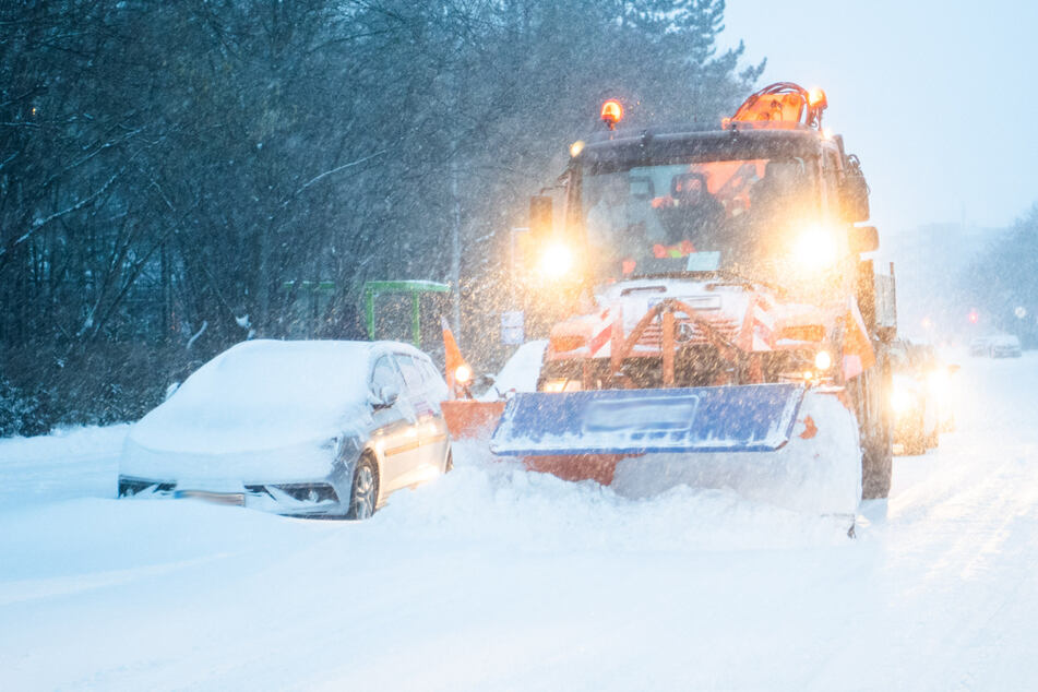 Die Winterfahrzeuge sind im Dauereinsatz. (Symbolbild)