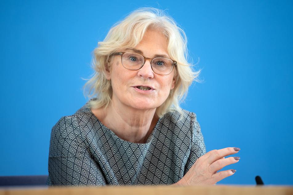 Bundesjustizministerin Christine Lambrecht (46, SPD) setzt weiter auf Impffreiwilligkeit.