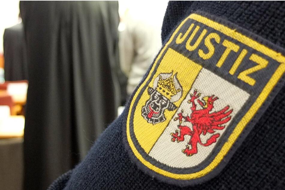 64-Jähriger soll Jungen mehrfach missbraucht haben: Urteil erwartet!