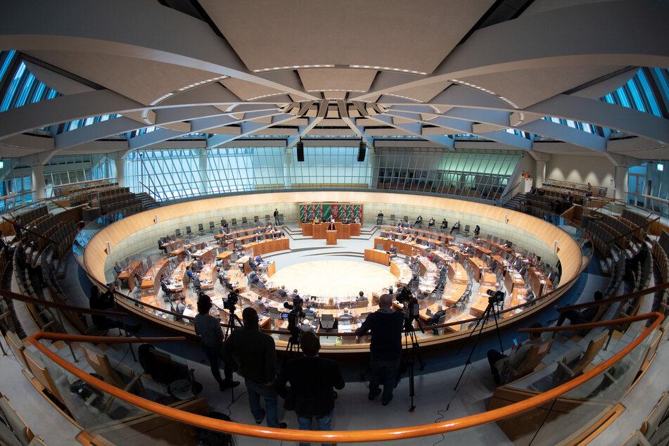 Hacker-Angriff: Laut Verfassungsschutz 14 Politiker in NRW betroffen
