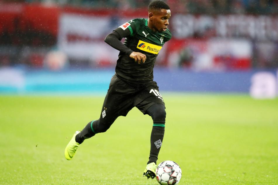 Ibrahima Traoré (33) darf ab Donnerstag in Dresden vorspielen und versuchen, sich für einen neuen Vertrag versuchen zu empfehlen, nachdem sein Kontrakt bei Borussia Mönchengladbach nicht verlängert wurde.