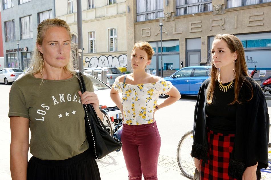 Tanja (r.) ist zurück in Berlin.