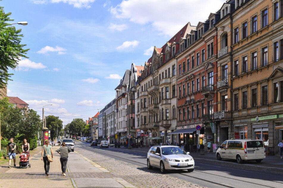 Mittlerweile wagt das Rathaus keine Prognose mehr, ab wann auf der Königsbrücker Straße gebaut werden kann.