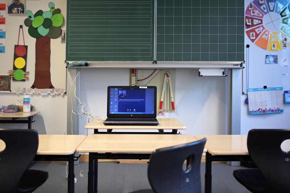 Blutiger Angriff in Sprachschule: Ex-Schüler geht mit Messer auf Lehrer los