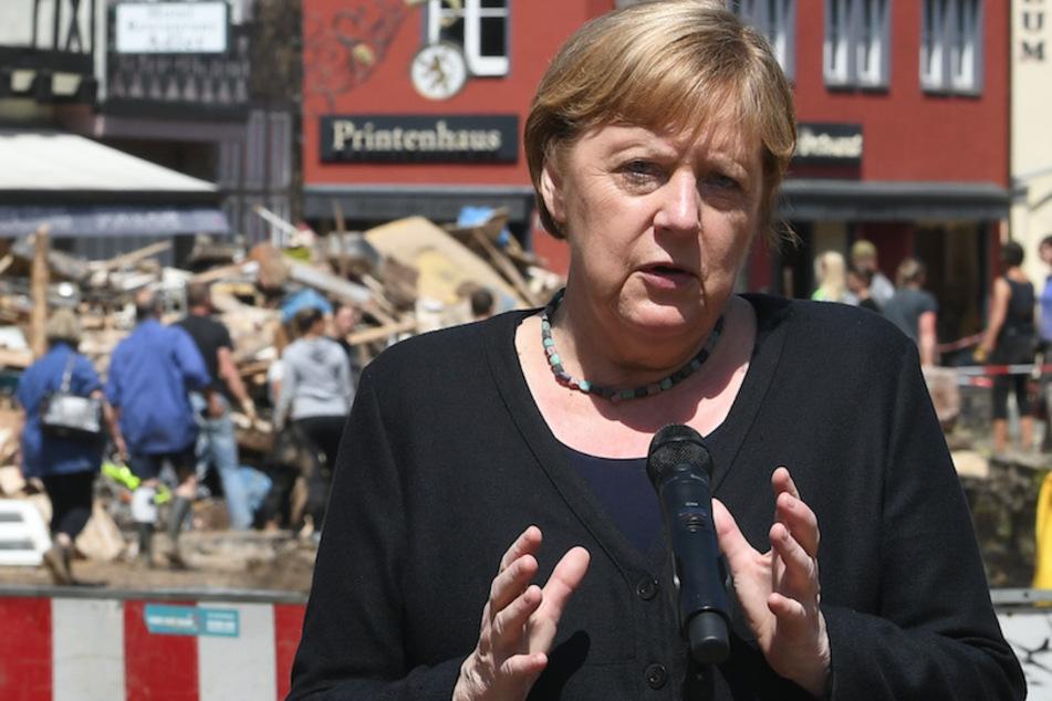 Am 20. Juli hatte Angela Merkel (67) Bad Münstereifel besucht. Jetzt kommt sie erneut in die vom Hochwasser betroffenen Gebiete in NRW.