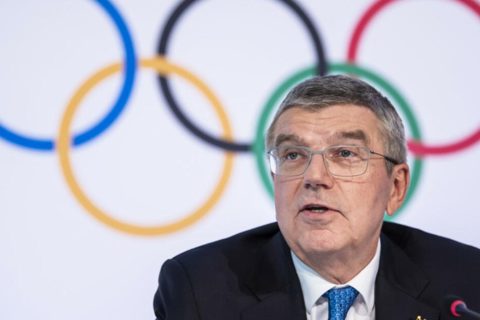 Thomas Bach, Präsident des Internationalen Olympischen Komitees (IOC), spricht während einer Pressekonferenz nach der Vorstandssitzung des Internationalen Olympischen Komitees (IOC) im Olympischen Haus.