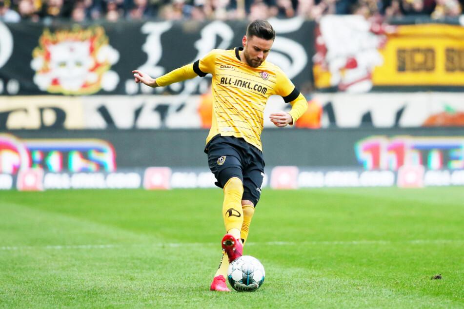 Niklas Kreuzer hofft wie alle Fußballer, dass er möglichst schnell wieder in einem echten Spiel gegen den Ball treten darf.