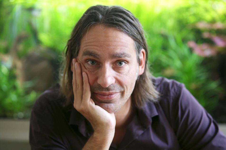 Deutschland wohl bekanntester Philosoph, Richard David Precht (56), startet seinen eigenen Vodcast.