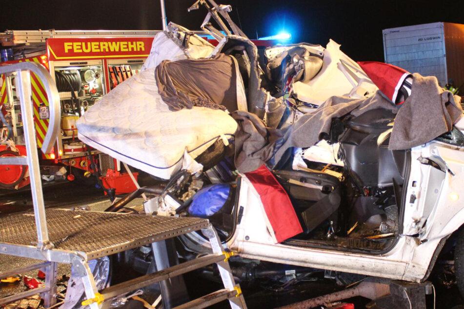 Tödlicher Lastwagen-Unfall: Mann (25) stirbt noch auf der Autobahn
