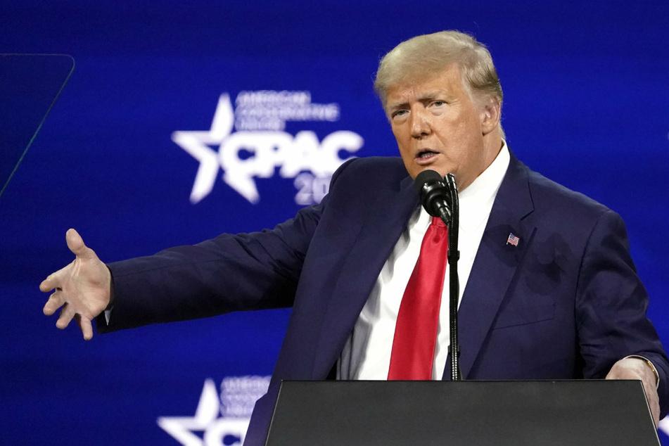 Trumps erste Rede als Ex-Präsident: Er schließt Kandidatur 2024 nicht aus!