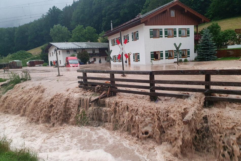 Am Wochenende überschwemmte Dauerregen den Alpenraum.