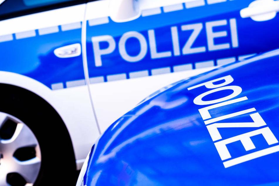Unfall A38: Mercedes Vito platzt auf A38 bei voller Fahrt der Reifen: Beide Insassen verletzt!