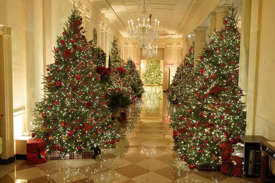 Prunk ohne Ende: So weihnachtlich sieht's im Weißen Haus aus