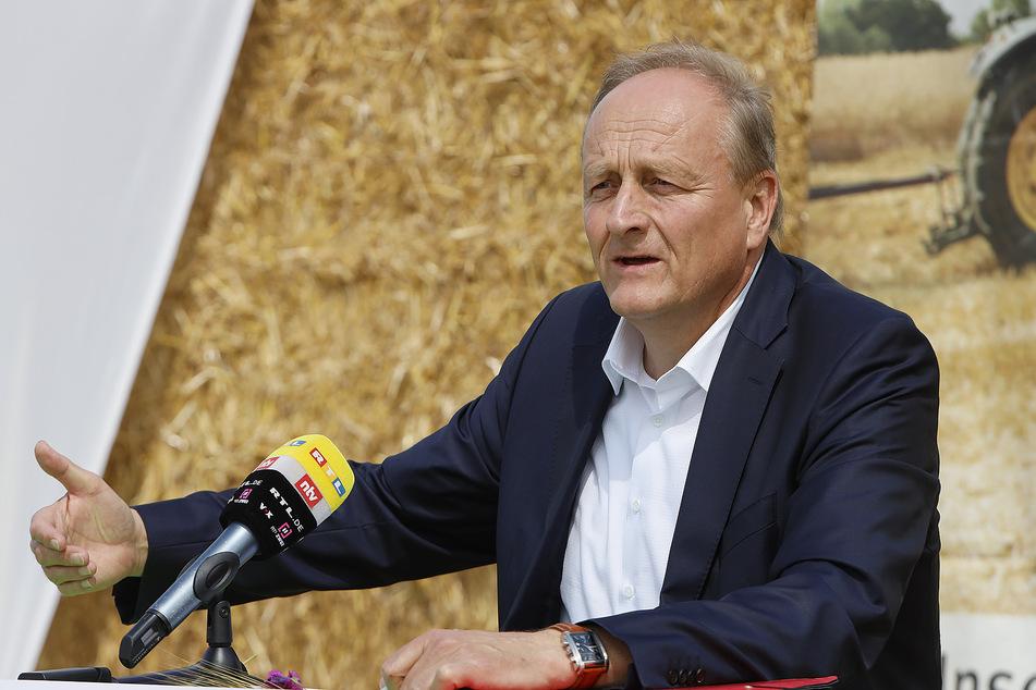 Die Ernteaussichten für dieses Jahr sind laut dem Präsidenten des Bundesbauernverbandes, Joachim Rukwied (58), nicht rosig.