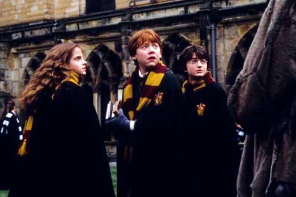 Sie alle wurden durch ihre Rollen weltberühmt: Emma Watson (30, l.) als Hermine Granger, Rupert Grint (32, M.) als Ron Weasley und Daniel Radcliffe (31) als Harry Potter.