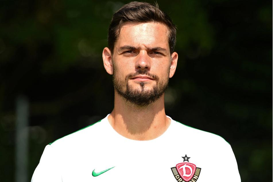 Markus Scholz (33) wurde bei Dynamo Dresden ins kalte Zweitliga-Wasser geworfen, doch bereits nach sechs Einsätzen bremste ihn eine Kapselverletzung aus und er verlor seinen hart erkämpften Platz zwischen den Pfosten wieder.