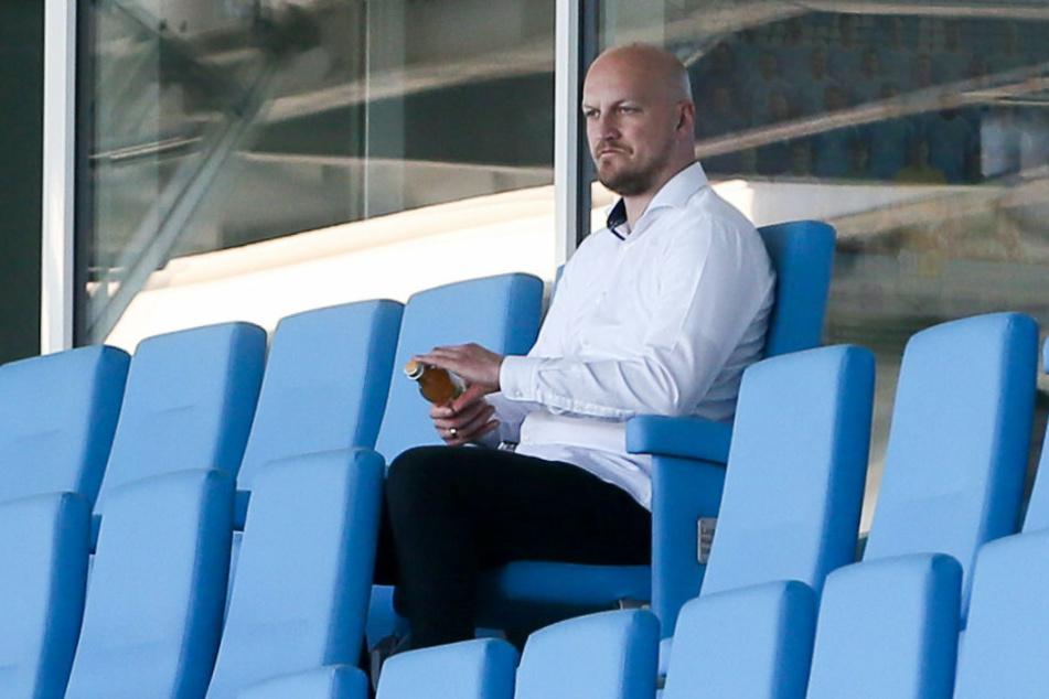 Armin Causevic schaut hier zwar verbissen drein, doch der CFC-Sportdirektor geht optimistisch in die beiden letzten Spieltage und ist vom Klassenerhalt fest überzeugt.