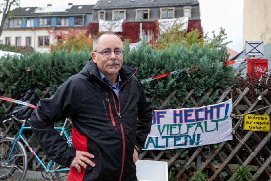 Stadtbezirksamtsleiter André Barth (54) nach seinem Vermittlungsversuch an der Schanzenstraße.