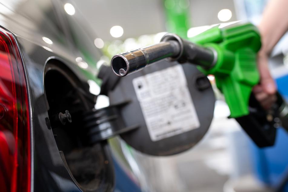 Während der Corona-Krise brach die Nachfrage nach Rohöl ein, inzwischen sind die Energiepreise wieder deutlich angestiegen. (Symbolbild)