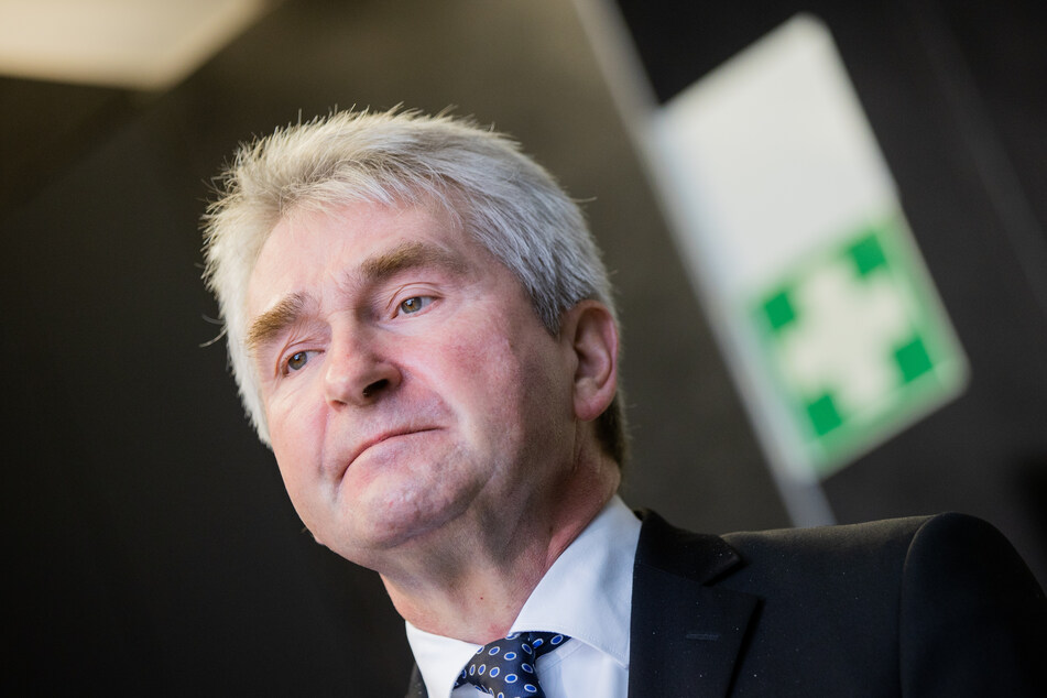 NRW-Ressortchef Andreas Pinkwart (FDP) setzt sich für höhere Vorschüsse an Firmen ein.