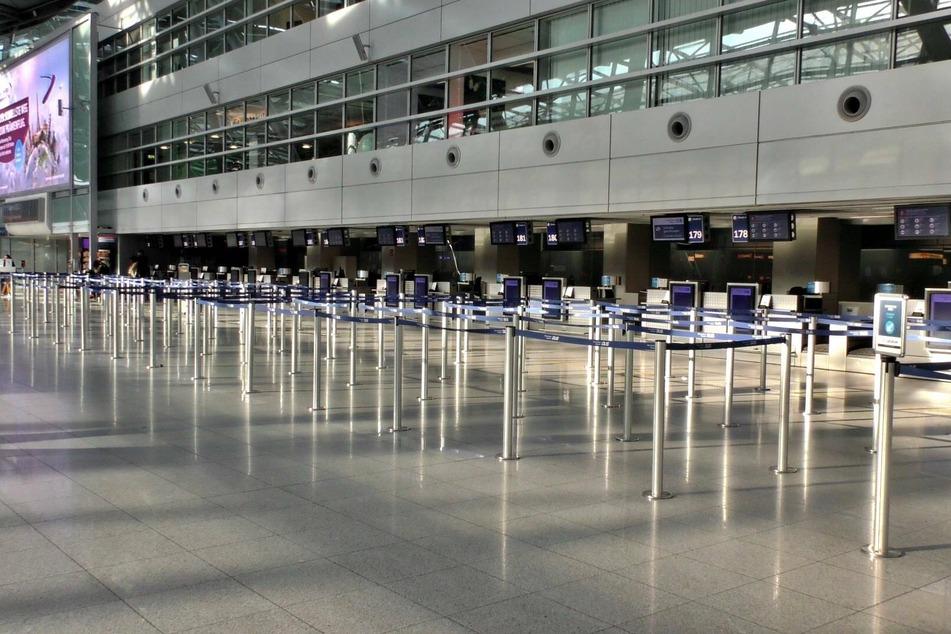 Am Flughafen Düsseldorf ist der Verkehr eingebrochen, die Zahl der Flüge deutlich gesunken.