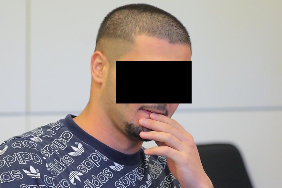 Lawin P. (22) behauptet jetzt, mit dem Opfer noch immer liiert zu sein.