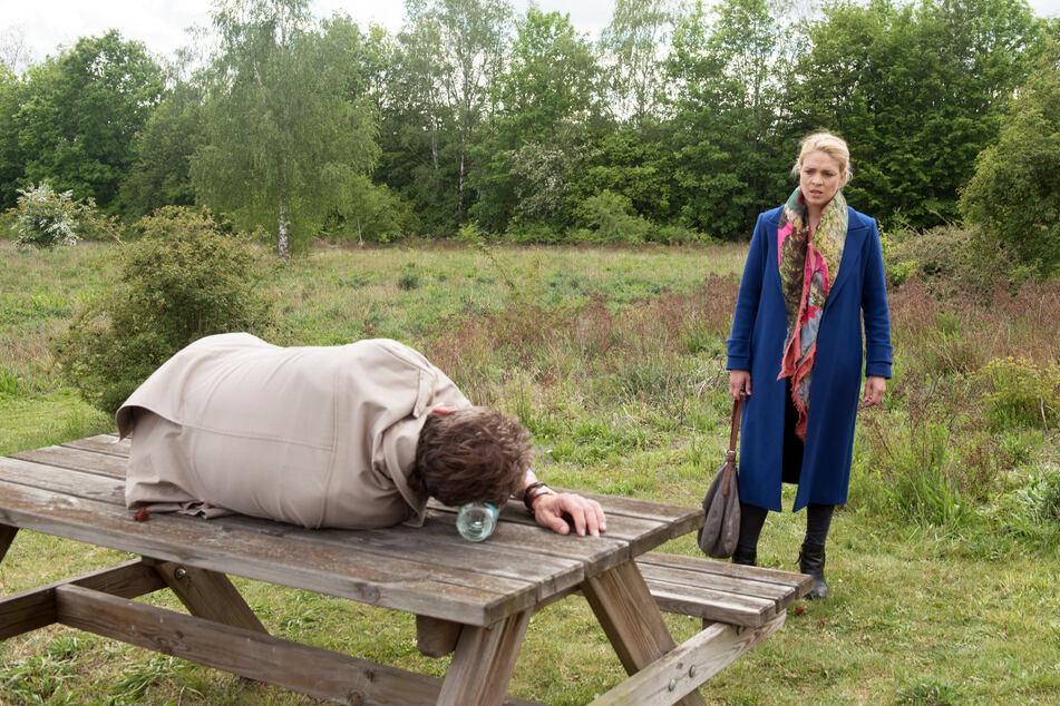 Britta findet Luke.