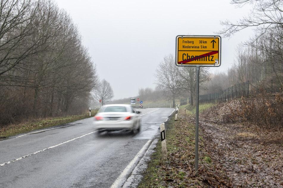 Ortsausgangsschilder können auch mal wandern: In den letzten Jahren veränderte sich die Größe des Chemnitzer Stadtgebietes.